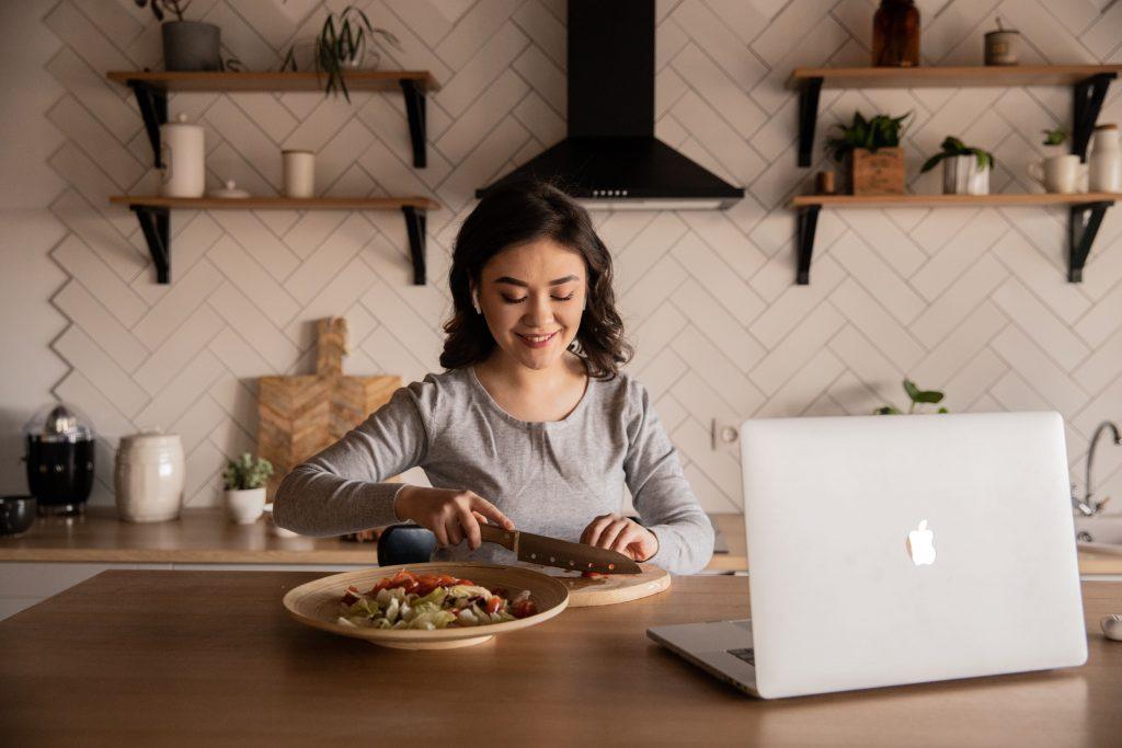 Bezpieczne wydarzenia online - gotowanie